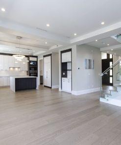 https://www.cancork.com/wp-content/webpc-passthru.php?src=https://www.cancork.com/wp-content/uploads/sky-engineered-white-oak-hardwood-flooring-kitchen.jpg&nocache=1